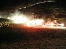 タイマツ滑降 大湯温泉スキーカーニバル