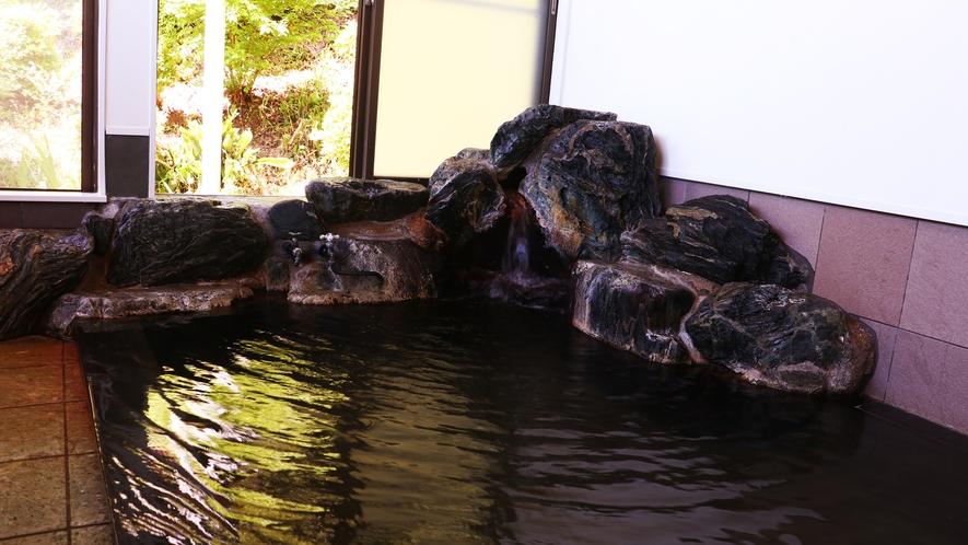 ■【温泉・男湯】温泉ファンを魅了しつづける湯本温泉には数々の効能アリ。保温効果も抜群で湯冷めしません
