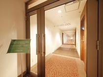 5~7階 客室廊下の入口
