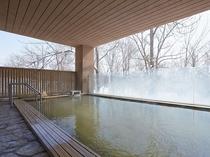 ※森の天空露天風呂(冬)