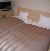 ハリウッドツインルーム ベッド幅100cm2台
