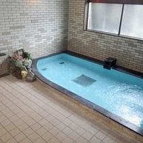 *大浴場/旅の疲れは温泉浴で癒しましょう!