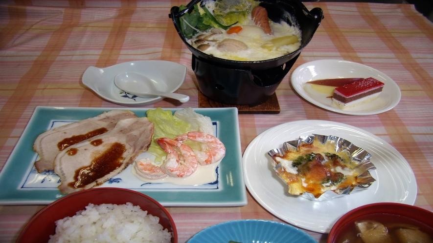*夕食一例/手作りの夕食をぜひご賞味下さいませ。