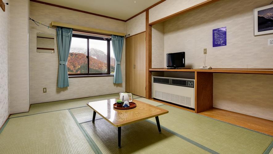 *和室(バストイレなし)/畳のお部屋に荷物を降ろしてのんびりお寛ぎ下さい。