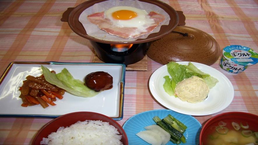 *朝食一例/朝からしっかり食べて観光&ビジネスに出かけよう。
