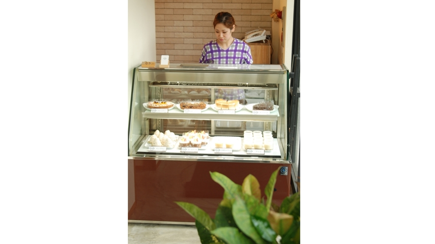 *1Fカフェでは美味しいケーキ等スイーツも種類が豊富♪