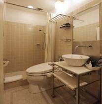 本館シングルシャワーバスルーム.jpg