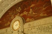 本館階段上時計