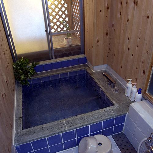 お風呂は1階に。