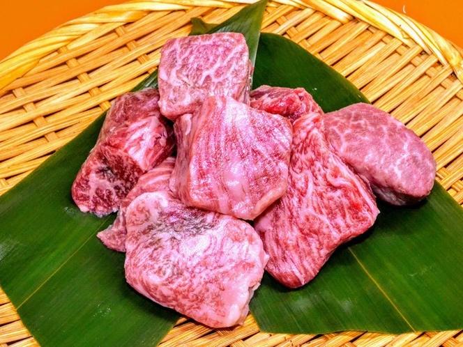 とちぎ和牛匠サイコロステーキ。A5ランクBMS10以上の最高級サーロインやヒレの端肉から形成
