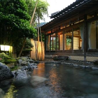 【禁煙】【1日1組限定・離れ竹の宿】庭園露天風呂付き客室