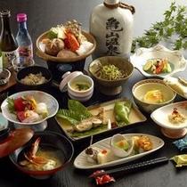 【月替わり会席料理】メインは山海の幸を使った陶板焼き(鍋)でございます。※イメージ