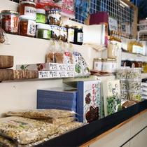 *【ターミナル棟】売店/福島の名産品を揃えています!お土産選びを楽しんで♪