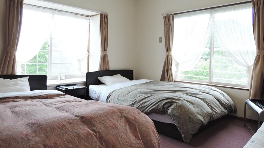 *洋室/シングルベッド2台のツインタイプのお部屋です。