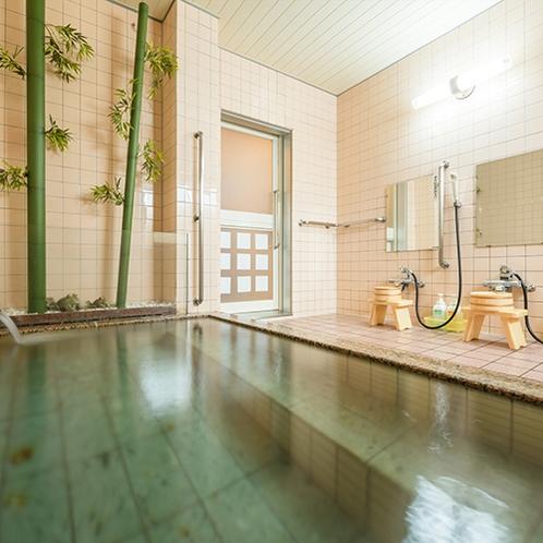 清潔な女性浴場