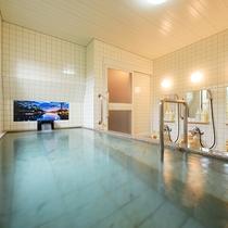 清潔な男性浴場