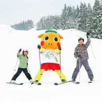 【ぐりぐり×スキー場】「ぐりぐり」は子供が大好き!ゲレンデで見かけたら気軽に声をかけてみてね☆