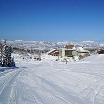 【スキー場】<ゲレンデ>基本練習に適した、幅のあるムーンリバーコース。