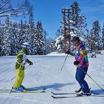 【スキーレッスン】大人の方にも人気のレッスンです!