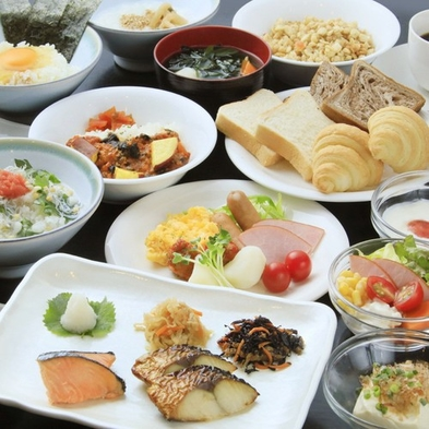 """【早割30・和洋ブッフェ朝食付】30日前のご予約がお得 """"一日の始まりはおいしい朝食から""""さき楽"""
