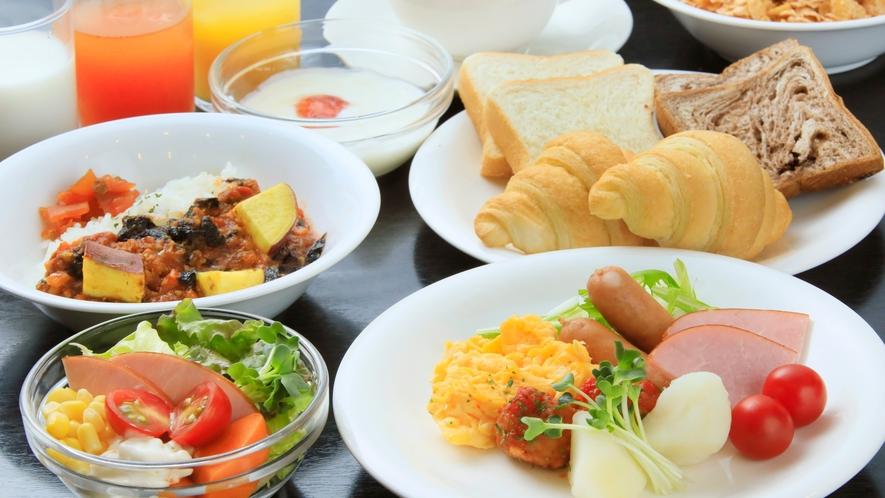 朝食ブッフェ盛り付け例(洋食)