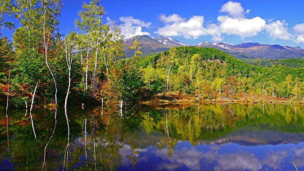 一ノ瀬園地まいめの池からの乗鞍岳