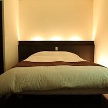 ダブルベッドルームのベッド