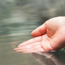 ■無色透明のさらりとしたお湯です。