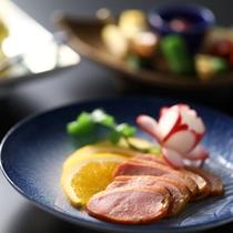 ■【懐石一例】鴨のオレンジソース煮
