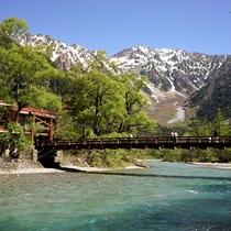 ■【春の上高地】川の水がとてもきれいです
