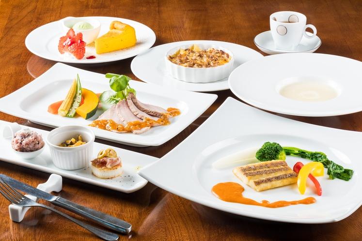 欧風創作コースの夕食一例