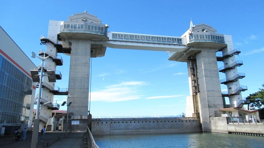 ■沼津港大型水門展望「びゅうお」■