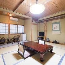 ★和室10畳(トイレ・洗面所付き)
