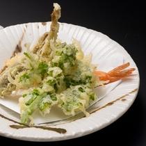 ★食材の旨味ひきたつ天ぷら