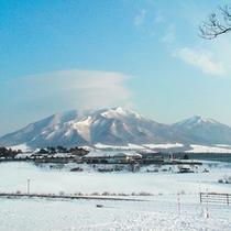 蒜山三座の雪化粧