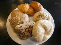 朝食バイキング《パン》