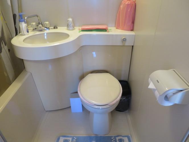洋室ユニットバストイレ