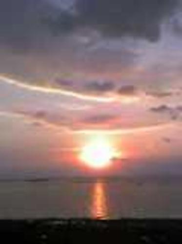 島の東朝日