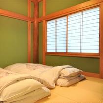 【1階和室・ミモザ】寝室(6畳間)