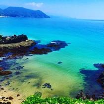 【夏のおすすめ】白浜海岸(見晴広場より)エメラルドグリーンの海と白い砂浜♪すいてるお盆後がお薦め☆