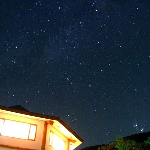 【風景】星降る夜空 夏の天の川 冬のオリオン 駐車場や貸切風呂で