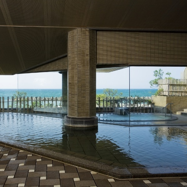 大浴場「日本海」