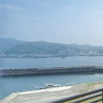 ◇のどかな小湊の海を一望(昼)
