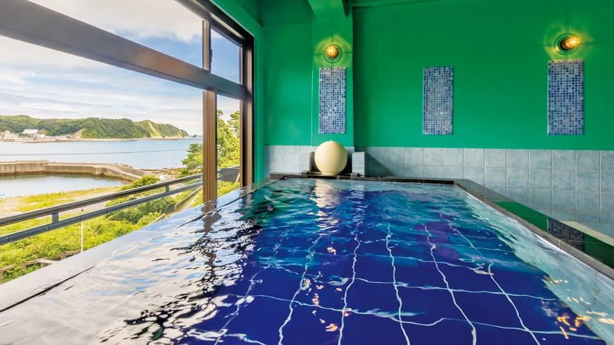 2階・海眺めのお風呂【おーしゃん美湯】