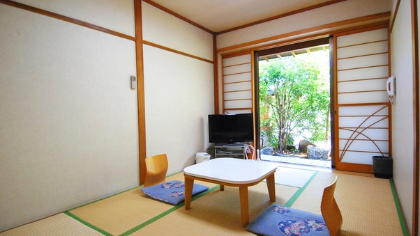 【1F・和室6畳】シャワーブース・トイレ付(禁煙)