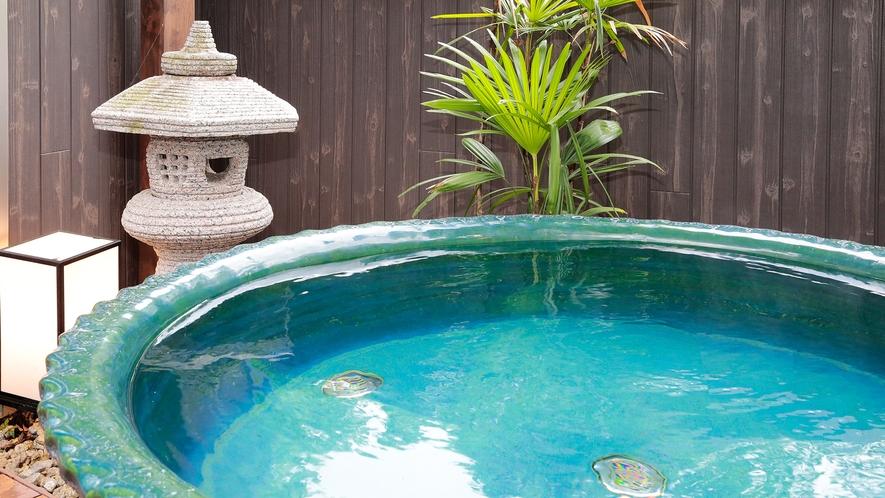 *【貸切風呂】露天陶器風呂と内風呂を贅沢に貸切。(1回50分、要予約)