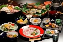 【囲炉裏懐石一例】囲炉裏で焼いた、川魚や野菜を熱々のうちにどうぞ