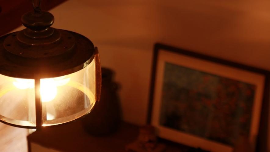 ◆間接照明がお洒落♪ゆったりと落ち着く館内です◆。