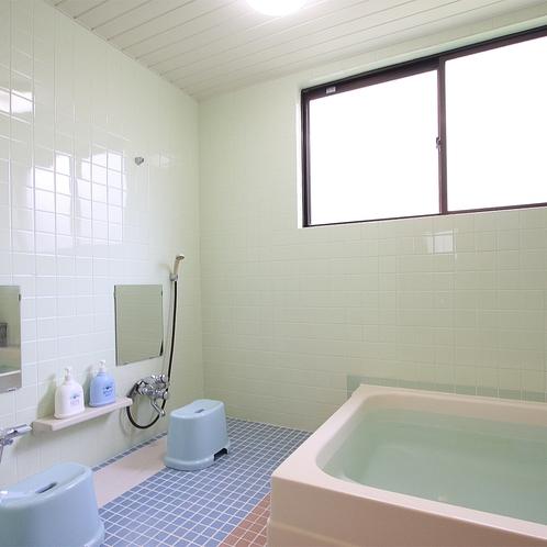 男女別浴室