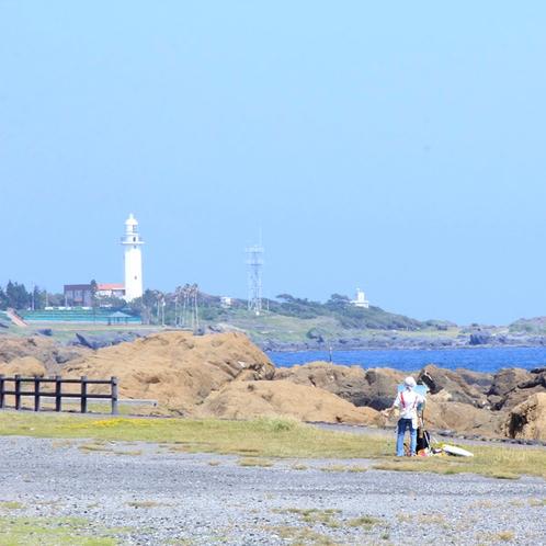 灯台と絵描き